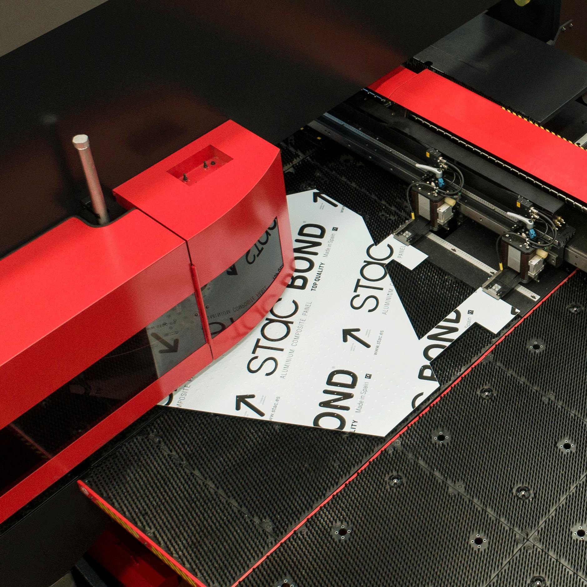 Mecanizado de panel composite STACBOND